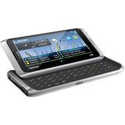 Продам Nokia E7-00 в хорошем состоянии (серебристый)